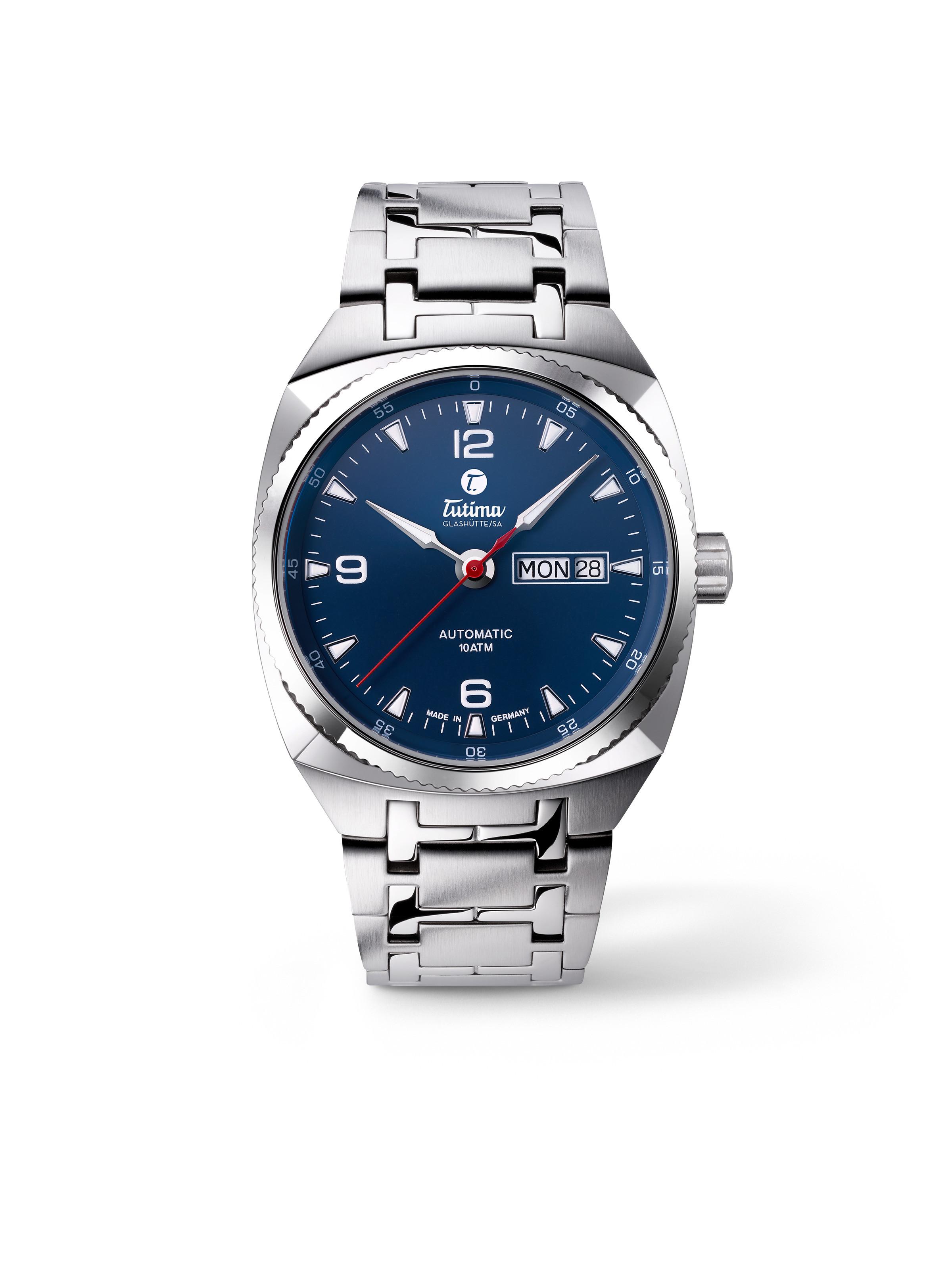 Saxon One M Automatic Blue