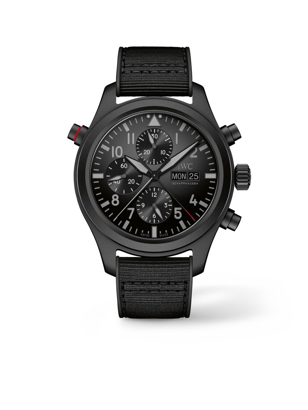 Pilot's Watch Chronograph Top Gun Ceratanium 01
