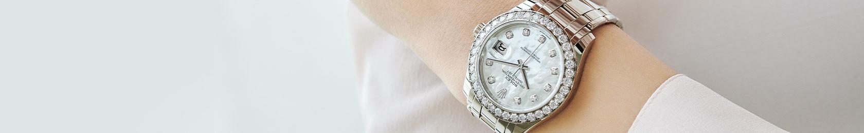 Rolex mit Perlmutt Zifferblatt Tragebild