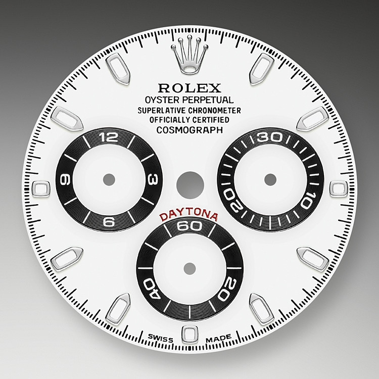 This model's Whitedial with snailed counters features 18 ct gold applique hour markers and hands in Chromalight, a highly-legible luminescent material.The central sweep seconds hand allows an accurate reading of 1/8 second, while the two counters on the dial display the lapsed time in hours and minutes. Drivers can accurately map out their track times and tactics without fail.