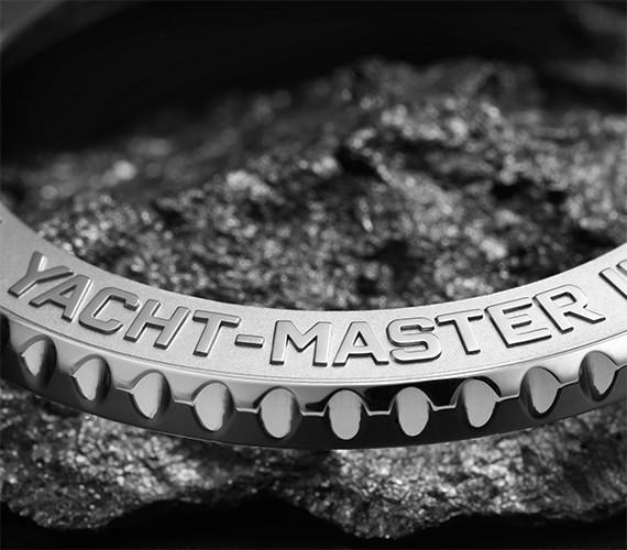 Ring-Command-Lünette einer Rolex Yacht-Master